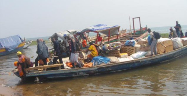 Expelled Congolese came by boat