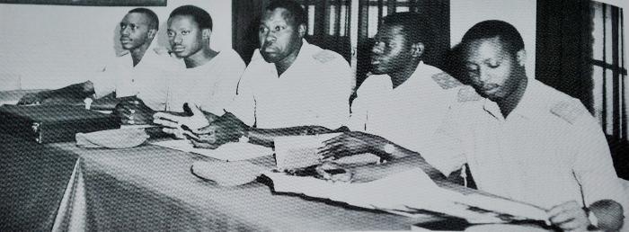 Une réunion du Conseil nationale de la Révolution (CNR), bien avant 1969. Martin Ndayahoze,  2ème à gauche. Albert Shibura, premier à droite ©dr