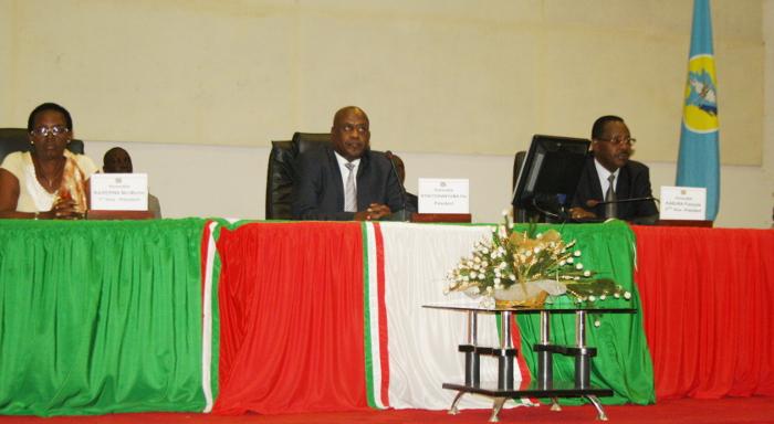Bureau de l'Assemblée Nationale ce 3 février 2014 ©Iwacu
