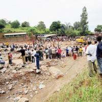 La rivière Gasenyi, qui a débordé en emportant de gros cailloux sur son passage ©Iwacu