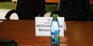 Le siège vide de Bonaventure Niyoyankana cet après-midi à Kigobe  ©Iwacu
