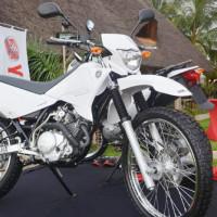 La nouvelle moto. Elle consomme un litre d'essence seulement sur une distance de 50 km ©Iwacu