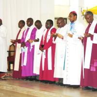 Les évêques au chœur de la Cathédrale Regina Mundi ©Iwacu