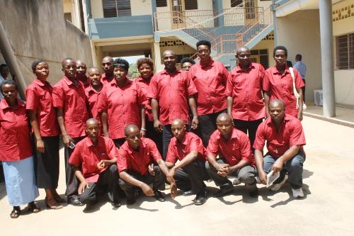 Les membres de l'association posent avec joie en marge des discours officiel ©Iwacu