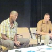 Les réalisateurs Martin Baer et Pascal Capitolin, en discussion a l'IFB ©Iwacu