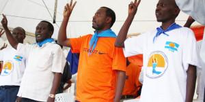 Alexis Sinduhije et des membres du MSD lors de la campagne des communales, en 2010, à Nyakabiga ©Iwacu
