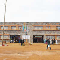 A l'entrée de l'hôpital Gihofi ©Iwacu