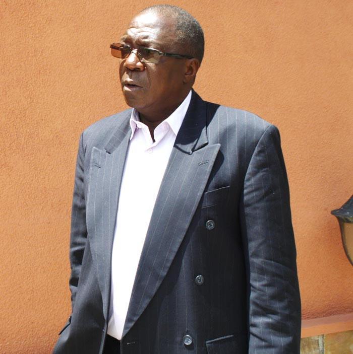 Sylvestre Ntibantunganya à la sortie de la plénière au Sénat, mercredi 23 avril ©Iwacu