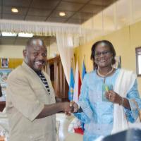 L'ancienne coordonatrice du système des Nations Unies avec le président Pierre Nkurunziza ©Iwacu