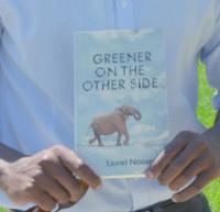 Lionel Ntasano avec son roman_1