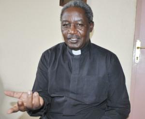 Abbé Jean Bosco Nintunze, secrétaire général de la Caritas Burundi ©Iwacu