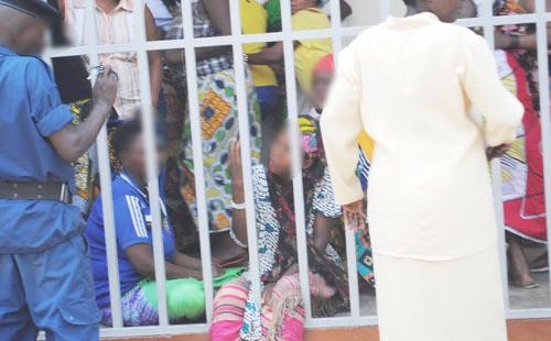 Les femmes arretees pour trafic d'enfants, dans la prison de Rumonge ©Iwacu