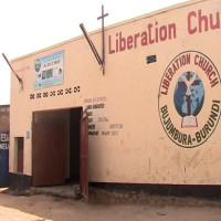 Dans la commune urbaine de Kamenge, deux églises côte à côte ©Iwacu