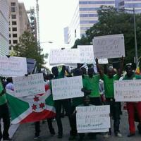 Lundi 4 aout, à Washington D.C., des Burundais manifestent
