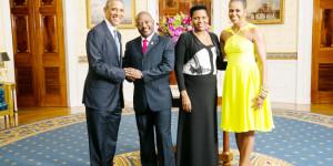 Mardi, 05 août 2014 - Les couples présidentiels américains et burundais, à la Maison Blanche pour une photo-souvenir, alors que le sommet USA-Afrique bat son plein ©Iwacu