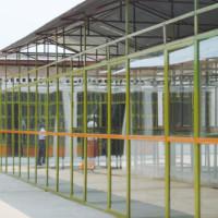 """Vvue de l'intérieur du marché """"Rwagura supermarket"""" construit dans le quartier Kanyenkoko de la ville de Rumonge"""