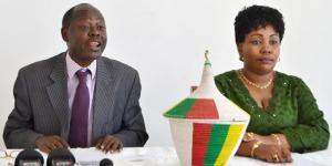 Chauvineau Mugwengezo et Marina Barampama, secrétaire général a.i. : « A défaut d'une CENI réellement indépendante et métamorphosée, nous sommes dans un processus électoral qui ne rassure pas. » ©Iwacu