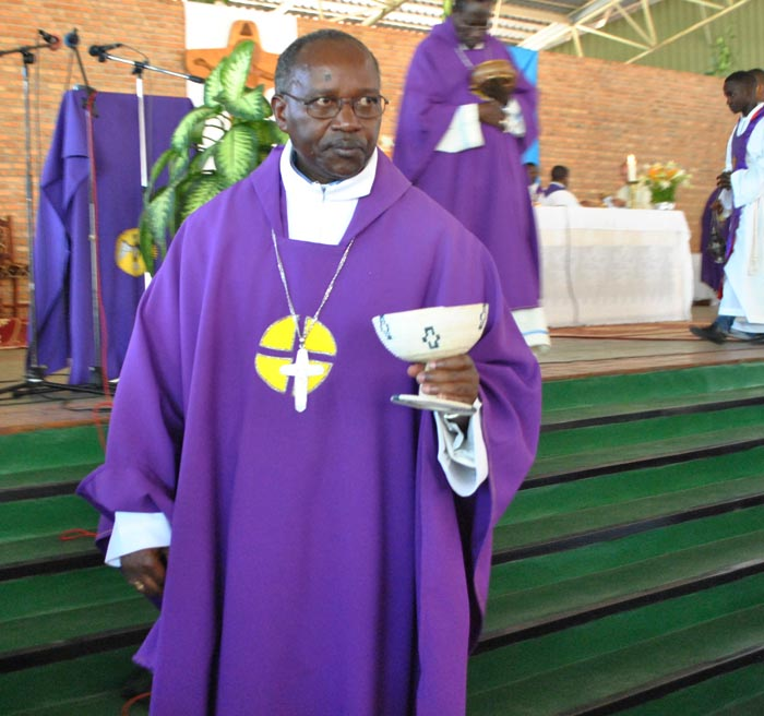 Ce communiqué, daté du 4 mars, a été lu par Mgr Gervais Banshimiyubusa, évêque du diocèse de Ngozi et président de la CECAB.
