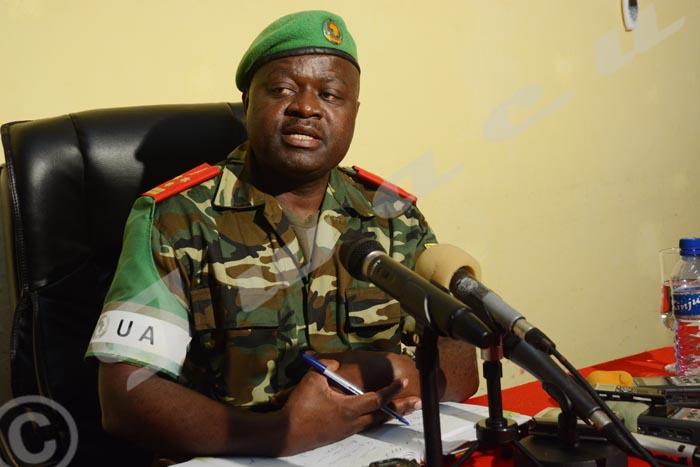 Jeudi, 04 septembre 2014 – Le lieutenant général Silas Ntigurirwa, commandant des forces de l'Amisom déclare que ses troupes sont à plus de 75% de l'œuvre pour  anéantir les Al-Shebab. Victoire sur victoire, les troupes de l'Amison ont déjà conquis 10 villes dans les 10 derniers mois que M.Ntigurirwa vient de passer à la tête de l'institution ©O.N/Iwacu