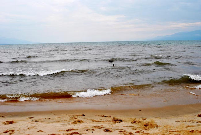 Sur le bord du lac Tanganyika où Fabrice Nkunzimana s'est noyé ©Iwacu