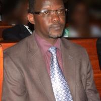Emmanuel Njenje, président de la cour suprême