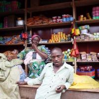Marché de Muyinga : Un petit commeçant loue les bienfaits de la nouvelle mesure sur  la déclaration simplifiée ©Iwacu