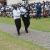 les représentants du parti Sahwanya Frodebu en commune de Rumonge vont déposer la gerbe de fleur ©Iwacu
