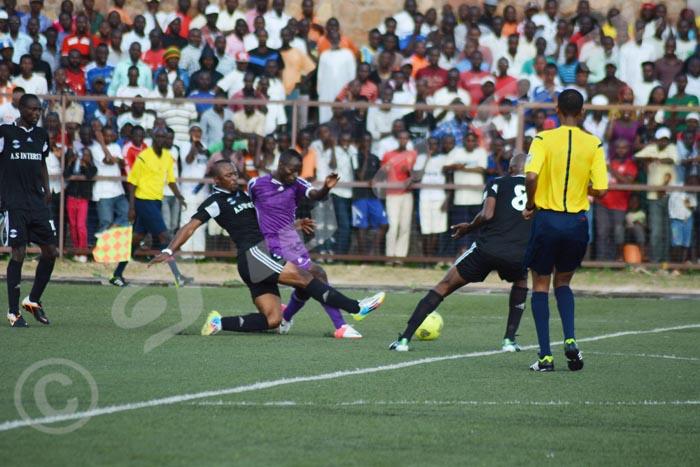 Lundi, 24 novembre 2014 - Lors de la 11ème journée du championnat Primus League, Inter Stars a battu Vital'o par 1 but à 0 O.N/©Iwacu