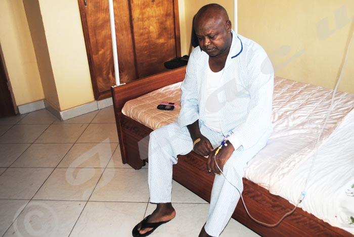 Mardi, 25 novembre 2014 - Depuis ce samedi 22 novembre, Hilaire Ndayizamba  (60 ans),  principal accusé dans l'affaire  Ernest Manirumva est admis à la Clinique la Colombe de Bujumbura. Il souffre du diabète, de l'hypertension, de la  pneumonie et de l'insuffisance rénale © P.N/Iwacu