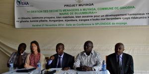Lors des discours du lancement officiel du projet ©Iwacu