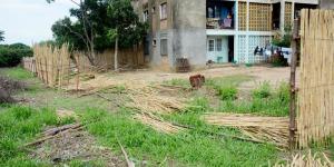 clôture démolie au Q6 ngagara ©Iwacu