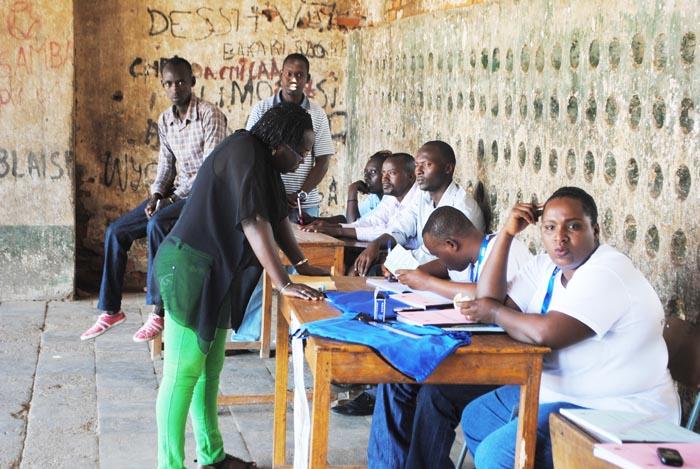 Sur les centres d'enrôlement, la participation n'est pas massive dans les deux premiers jours ©Iwacu