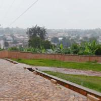 Centre ville de Kirundo, les routes sont pavées grâce à l'appui de la Coopération Technique Belge ©Iwacu
