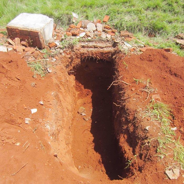 L'une des tombes saccagées ©Iwacu