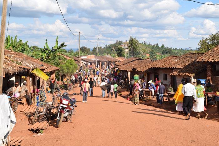 A Butaganzwa, les politiciens sont invités à se dire la vérité et ainsi à servir de modèles de  réconciliation ©Iwacu