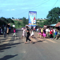 Dans les rues de Ruyigi lors du tournage d'I charleston Ruyigi ©Iwacu