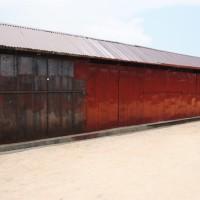 Presque tous les stands du marché de Cotebu sont inoccupés ©Iwacu