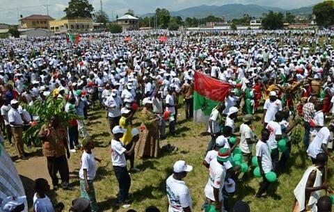 les participants à la marche manifestation : la majorité n'a pas toujours raison