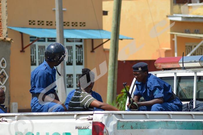 Manifestante arrêtée à Ngagara ©Iwacu