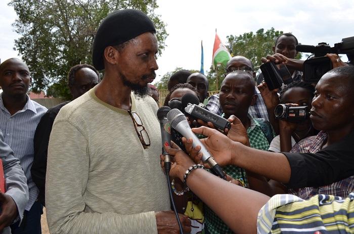 Innocent Muhozi à sa sortie d'une audience qui a duré 5 heures