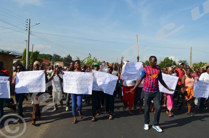 13ème journée des manifs : ils ont bravé l'interdiction du Conseil national de sécurité