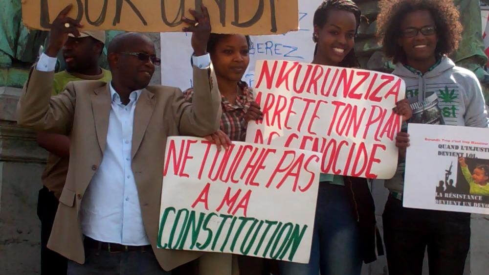 Des jeunes participent aussi à la manifestation.
