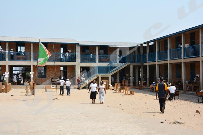 Le centre de vote situé à l'école fondamentale
