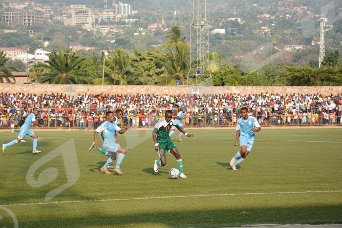 Lundi, 6 juillet 2015 - Dans le cadre des éliminatoires du CHAN 2017 qui aura lieu au Rwanda, le Burundi a battu la Djibouti par 2 buts à 0. Au match allé, les Intamba s'étaient aussi imposés par deux buts à 1. Le Burundi affrontera l'Éthiopie qui a battu le Kenya ©O.N/Iwacu