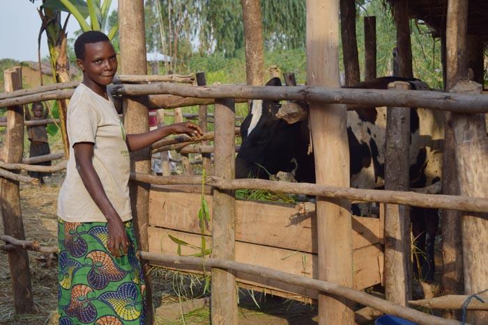 Jeannette Bucumi : « Je souhaite m'acheter une parcelle dans les prochains jours grâce à cette vache. »