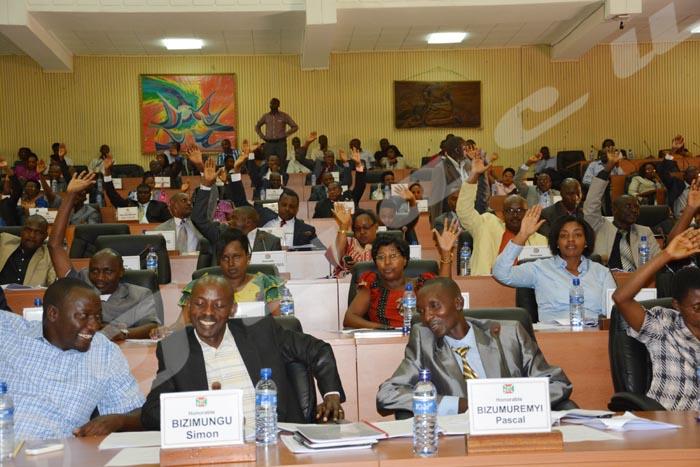 La  course de la nouvelle Assemblée nationale viserait aussi, la légitimation du troisième mandat de Pierre Nkurunziza
