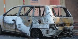 Le véhicule brûlé