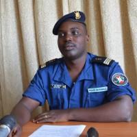 Pierre Nkurikiye : « L'opération de traquer les six bandits en cavale continue, ce qui explique la forte présence des militaires et policiers dans cette localité. »