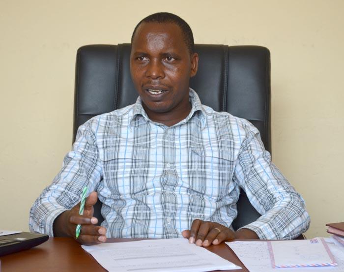 Léonard Habimana dans son bureau à l'Inspection Générale de l'Etat ©Iwacu