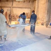 OSER ENTREPRENDRE/ Chalk Chain Enterprise, la seule à fabriquer des craies au Burundi